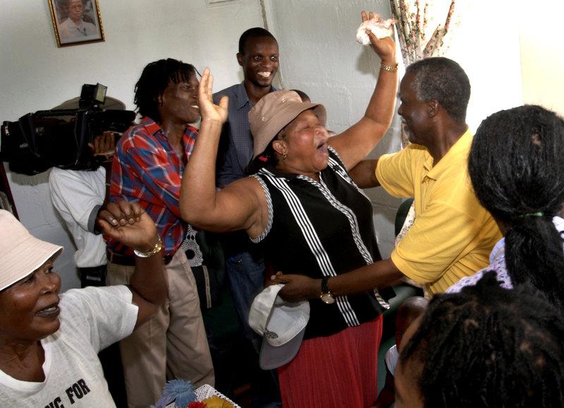 2004-03-19 Förorten Tongaat utanförDurban i Sydafrika. Dåvarande presidenten Thabo Mbeki på valturné i KwaZulu/Natal. Foto: Jurek Holzer/SvD