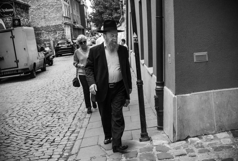 Do the walk of life in Kazimierz.
