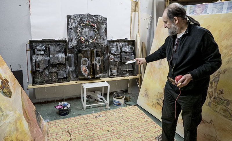 Tomasz Holuj i sin atelje. ©Foto: Jurek Holzer 2015-03-07